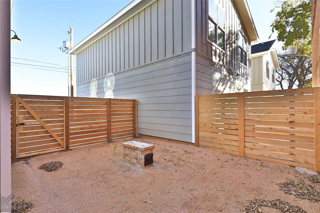 Active   214 Pecan Street Abilene, Texas 79602 33