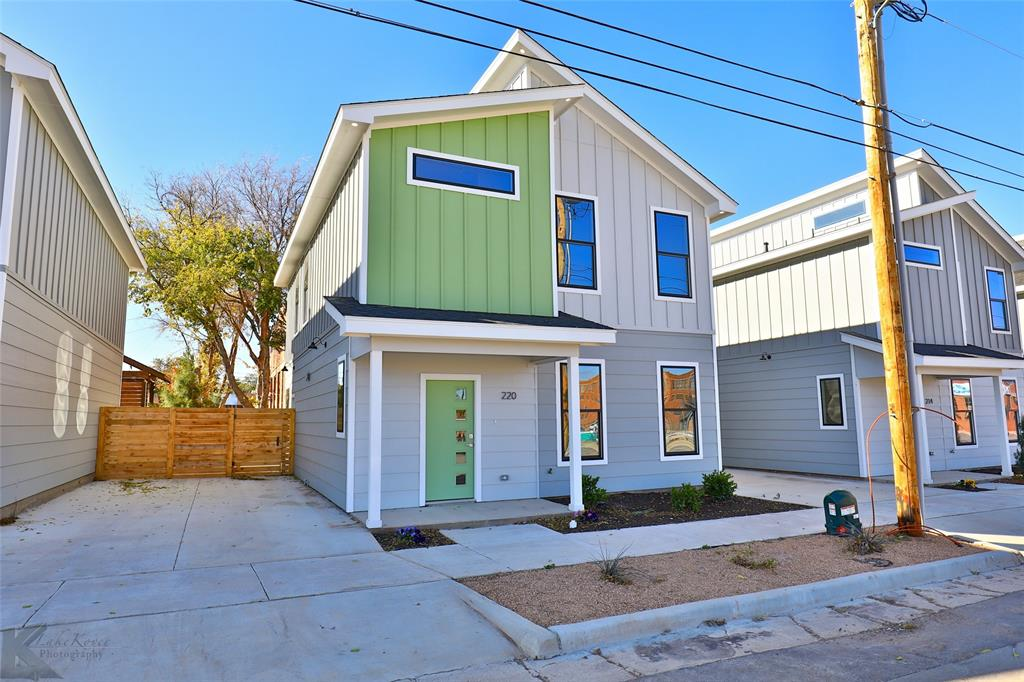 Active Option Contract | 220 Pecan Street Abilene, Texas 79602 0