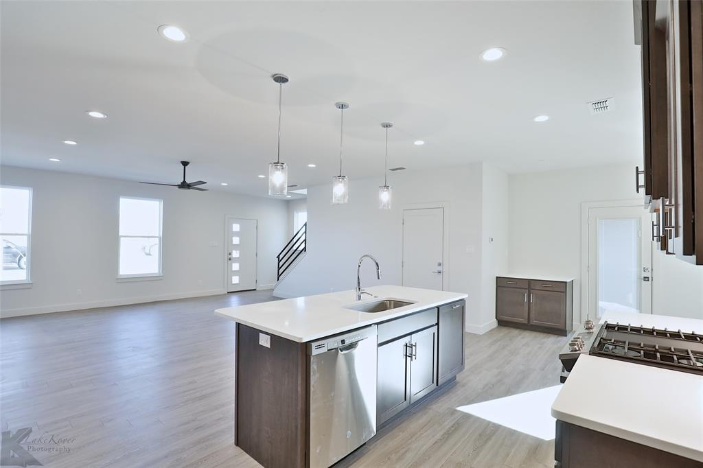 Active Option Contract | 220 Pecan Street Abilene, Texas 79602 11