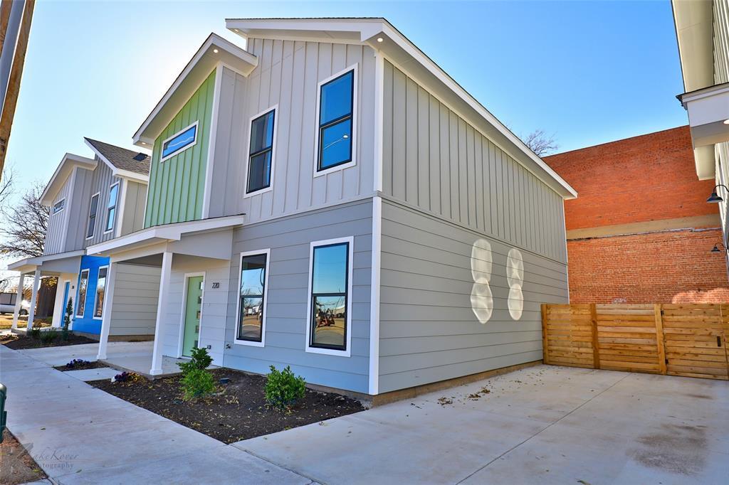 Active Option Contract | 220 Pecan Street Abilene, Texas 79602 2