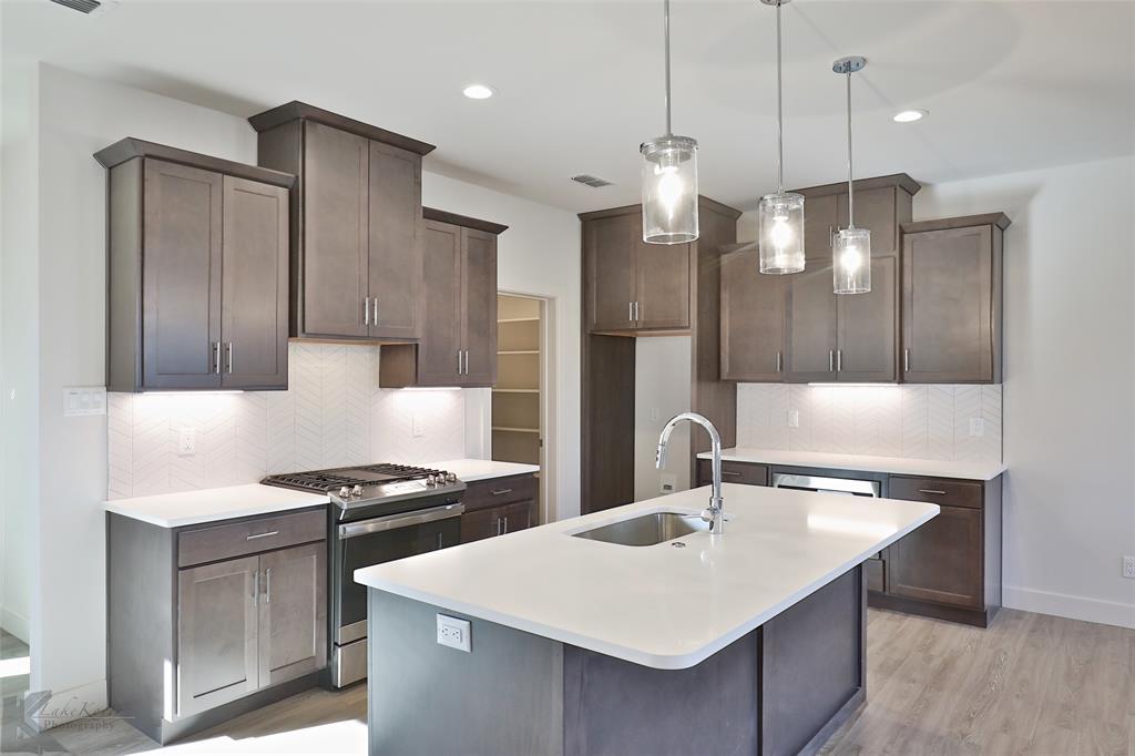 Active Option Contract | 220 Pecan Street Abilene, Texas 79602 8