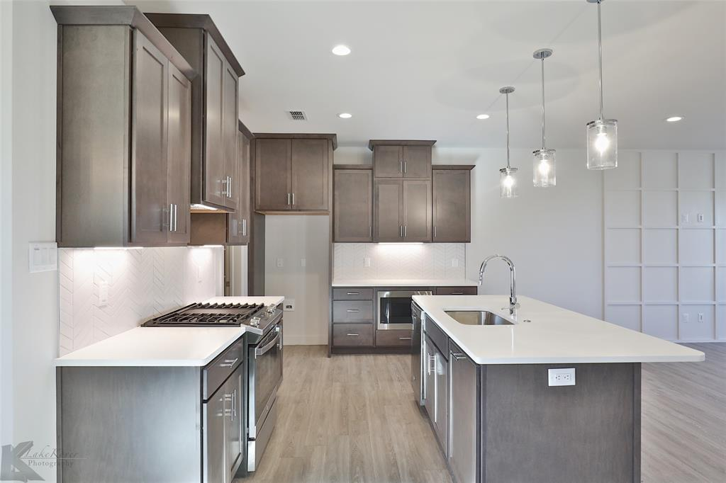 Active Option Contract | 220 Pecan Street Abilene, Texas 79602 9
