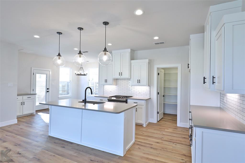 Active Option Contract | 226 Pecan Street Abilene, Texas 79602 6