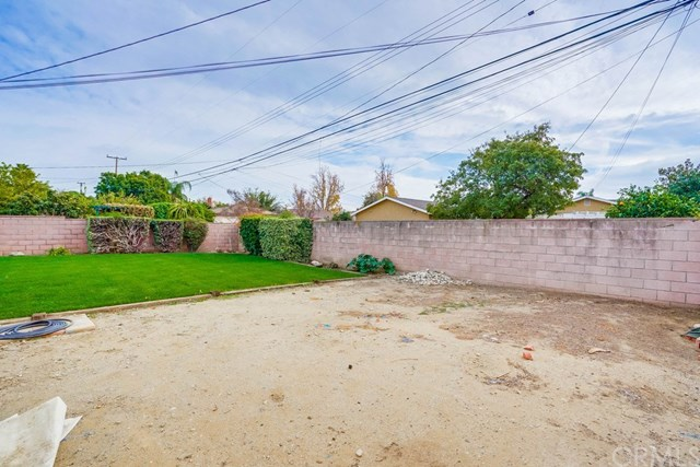 Active Under Contract | 863 W Hawthorne  Street Ontario, CA 91762 57