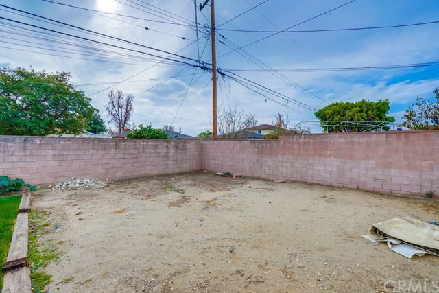 Active Under Contract | 863 W Hawthorne  Street Ontario, CA 91762 58