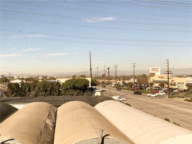 Off Market | 17625 Crenshaw Boulevard Torrance, CA 90504 2