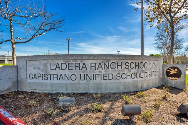 Closed | 76 Orange Blossom Circle Ladera Ranch, CA 92694 32