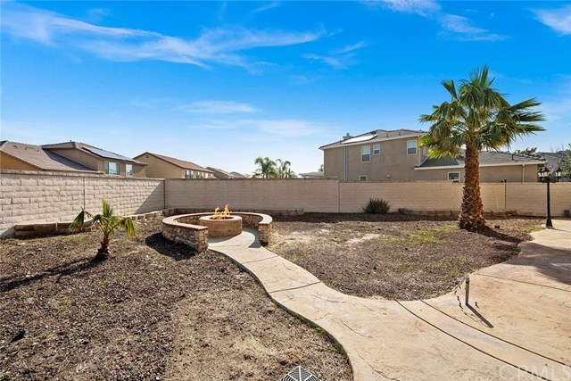 Closed | 13204 Dorsett Golden Street Eastvale, CA 92880 55