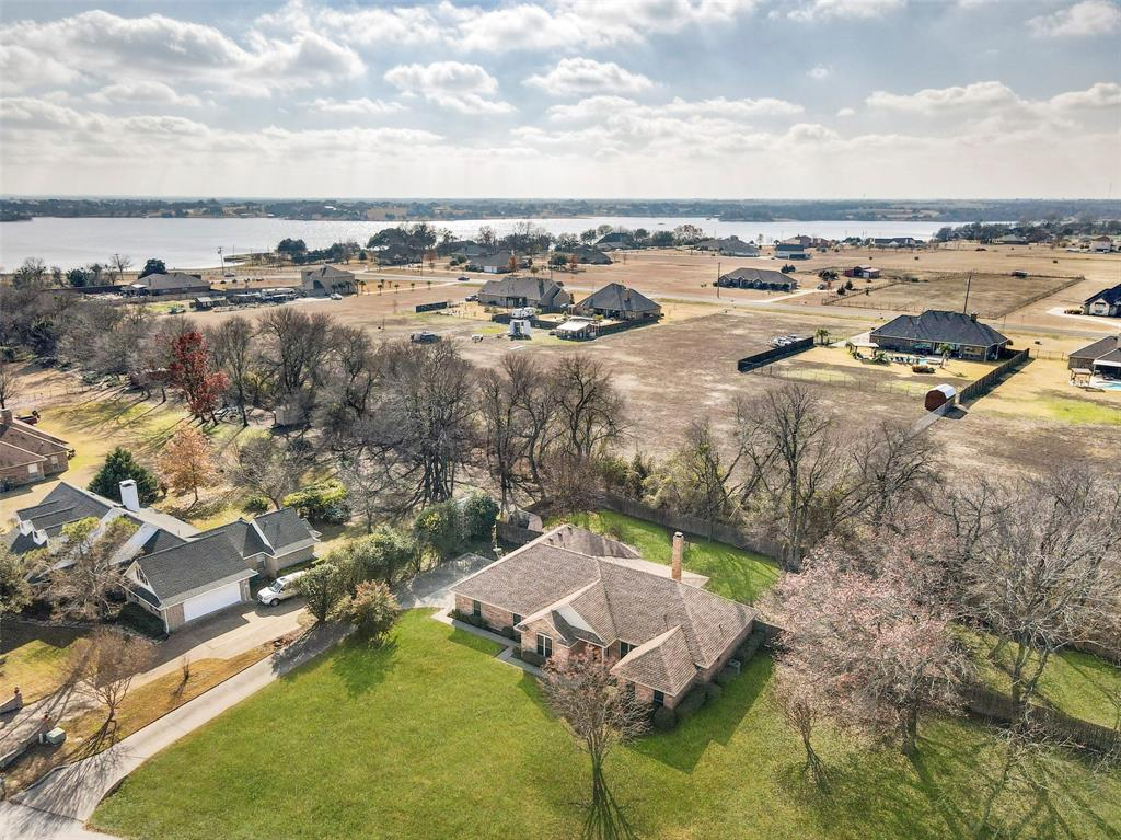 Sold Property | 309 Ash Drive Waxahachie, Texas 75165 2