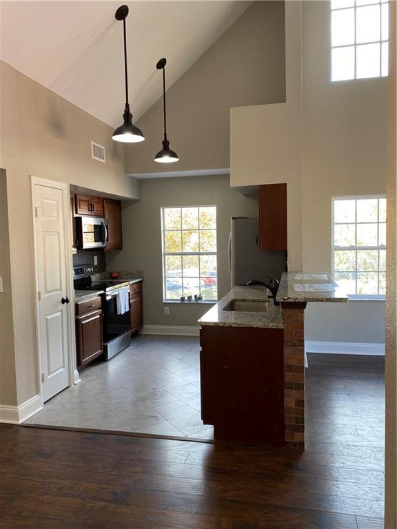 Sold Property | 10542 WHITE LAKE COURT #48 TAMPA, FL 33626 5