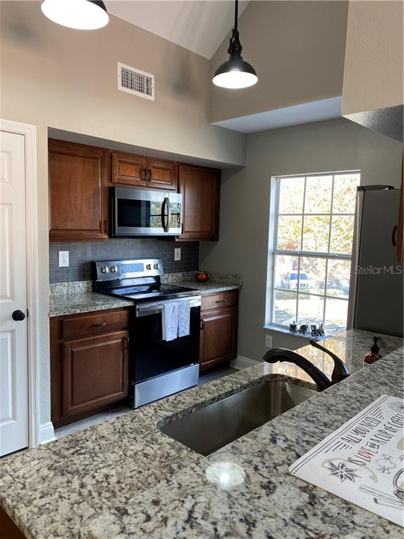Sold Property | 10542 WHITE LAKE COURT #48 TAMPA, FL 33626 6