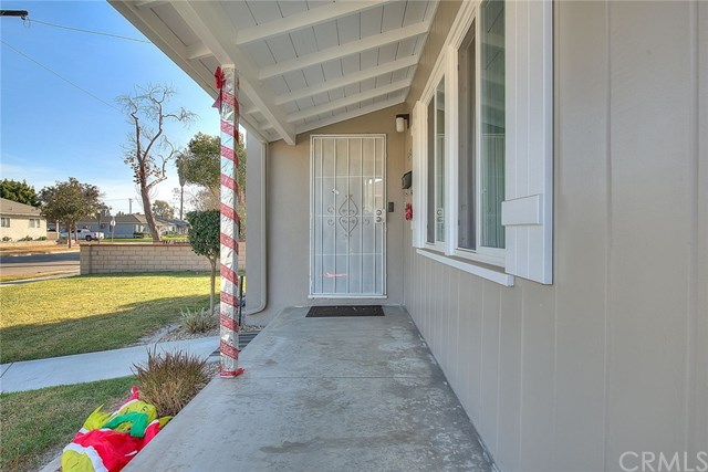 Pending | 15529 Leibacher Avenue Norwalk, CA 90650 3