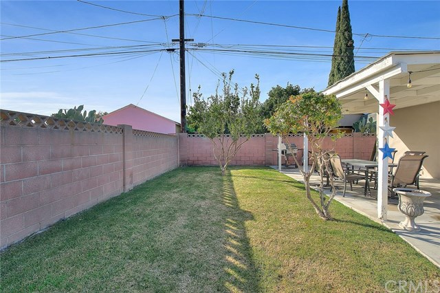 Pending | 15529 Leibacher Avenue Norwalk, CA 90650 22