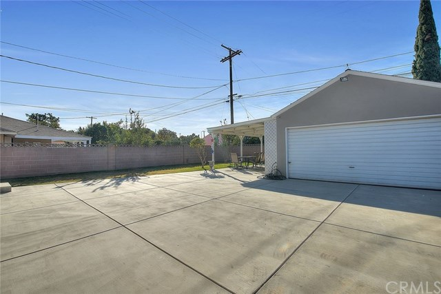 Pending | 15529 Leibacher Avenue Norwalk, CA 90650 24
