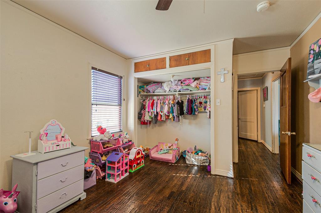 Active   7211 Walnut Street Frisco, Texas 75033 16