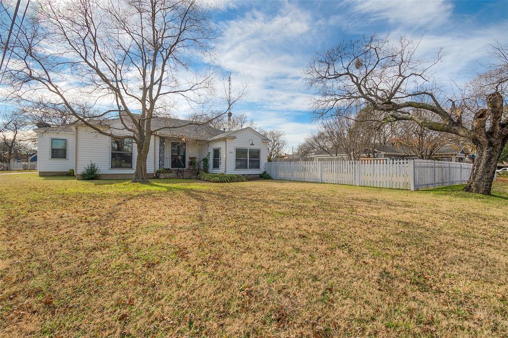 Active   7211 Walnut Street Frisco, Texas 75033 24