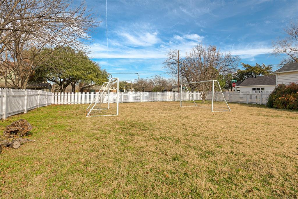 Active   7211 Walnut Street Frisco, Texas 75033 26
