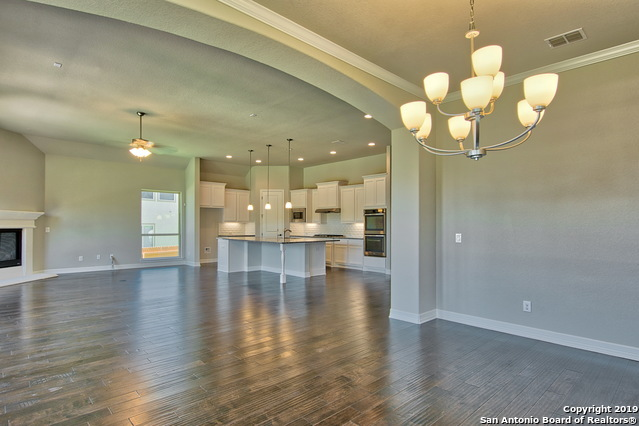 Active | 10138 DESCENT  Boerne, TX 78006 9