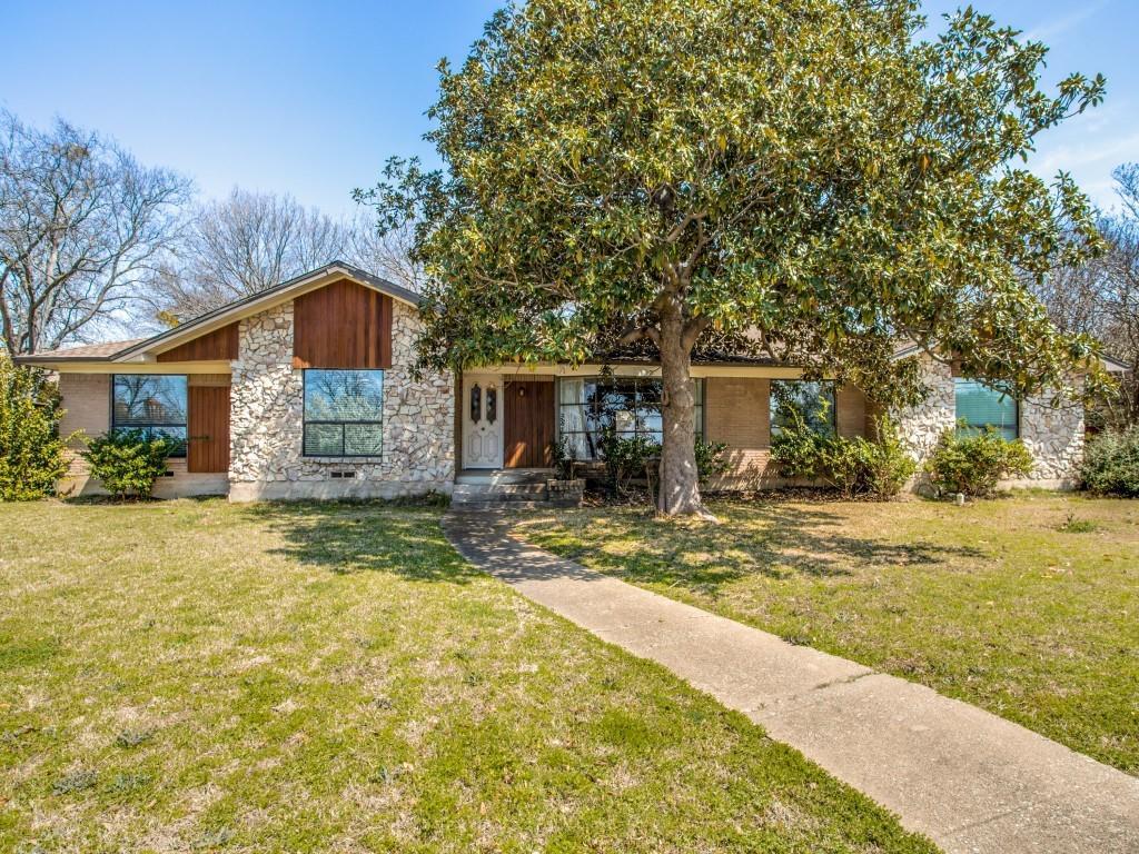 Leased | 7027 Alpha Road Dallas, Texas 75240 9