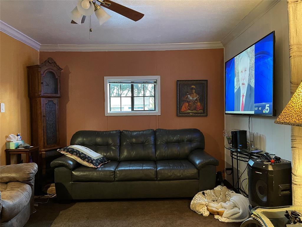 Active | 2601 Lakewood  Drive Garland, TX 75042 4