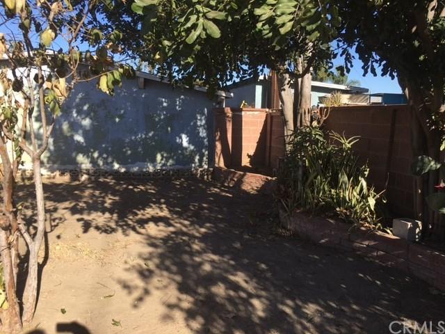 Closed | 704 N Vine Street Anaheim, CA 92805 20