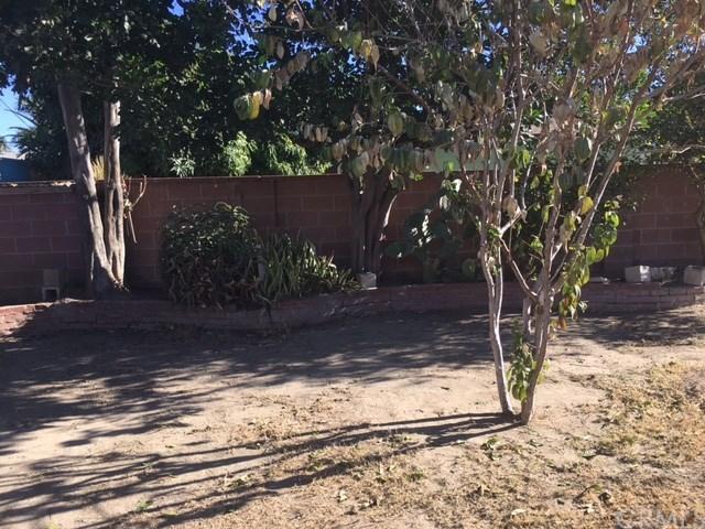 Closed | 704 N Vine Street Anaheim, CA 92805 22