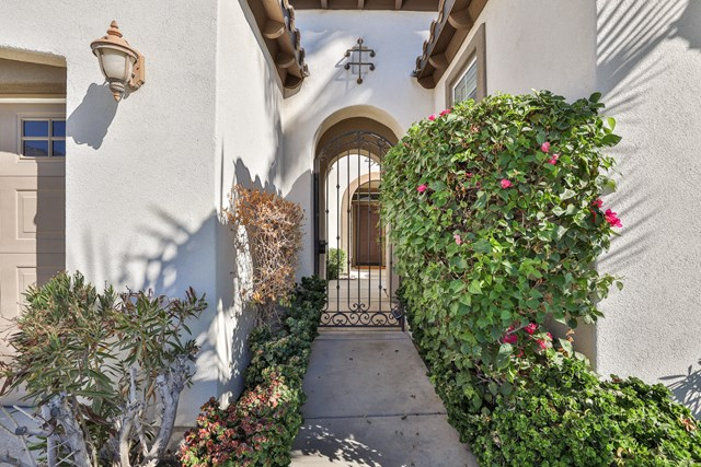 Active Under Contract | 61250 Fire Barrel  Drive La Quinta, CA 92253 1