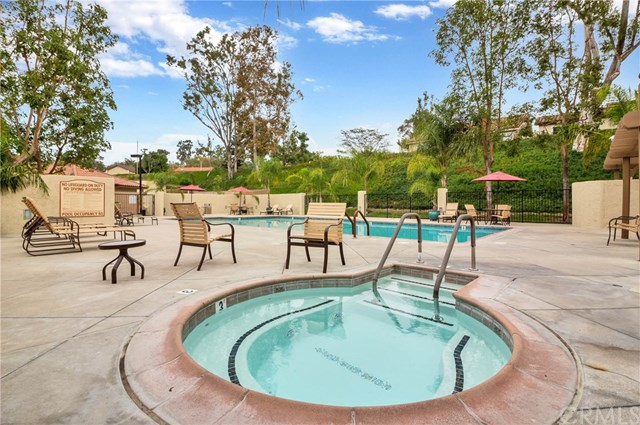 Active Under Contract | 28525 Barbosa Mission Viejo, CA 92692 19