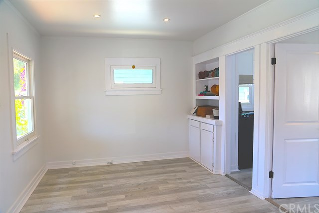 Active Under Contract | 224 S Broadway Redondo Beach, CA 90277 1