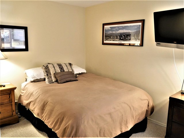 Active Under Contract | 78155 Indigo  Drive La Quinta, CA 92253 16