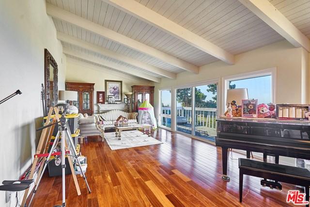 Active   30145 Avenida Classica Rancho Palos Verdes, CA 90275 32