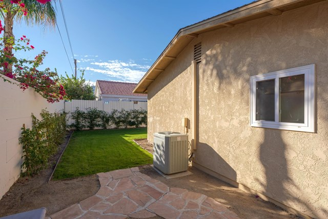 Active Under Contract | 51890 Avenida Juarez La Quinta, CA 92253 27