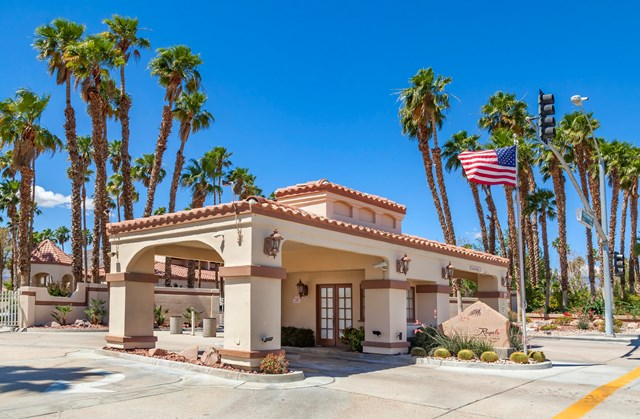 Active Under Contract | 78401 Magenta  Drive La Quinta, CA 92253 23