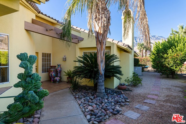 Closed | 1331 Crystal Court Palm Springs, CA 92264 2