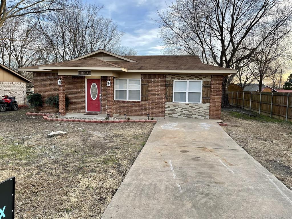 Active | 1004 W Coal Avenue McAlester, Oklahoma 74501 1