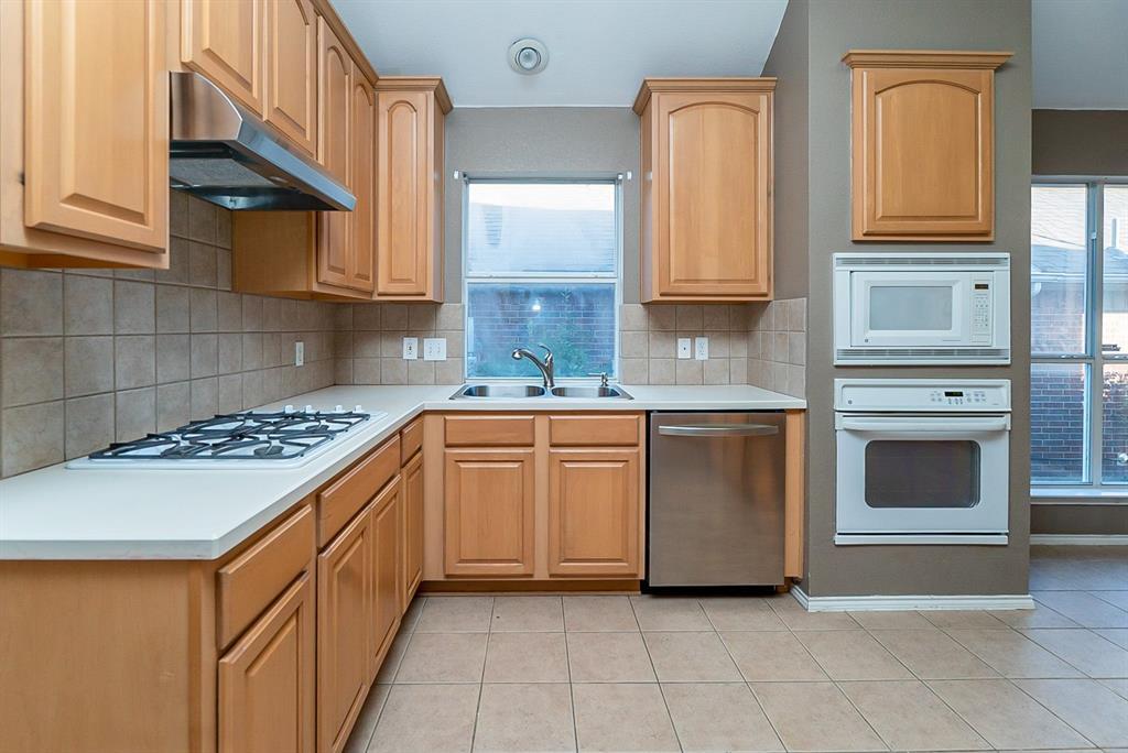 Sold Property | 4108 Walnut Creek Court Fort Worth, Texas 76137 5