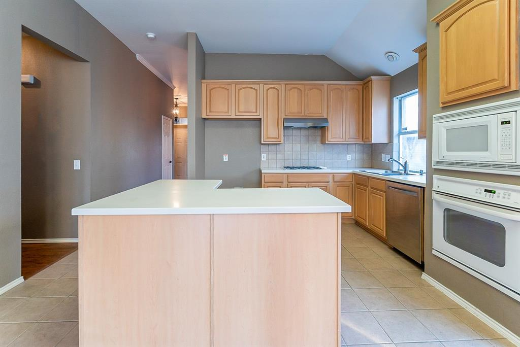 Sold Property | 4108 Walnut Creek Court Fort Worth, Texas 76137 6