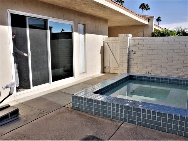 Active Under Contract   80070 Palm Circle  Drive La Quinta, CA 92253 2