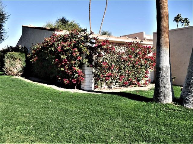 Active Under Contract   80070 Palm Circle  Drive La Quinta, CA 92253 24