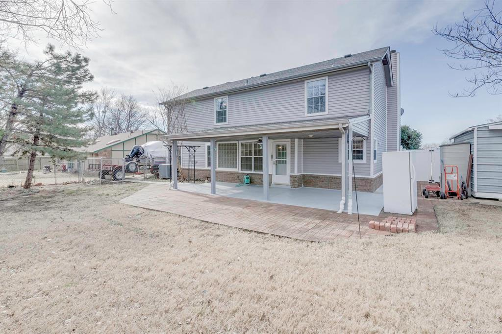 Active | 1713 N Ironwood Place Broken Arrow, Oklahoma 74012 57