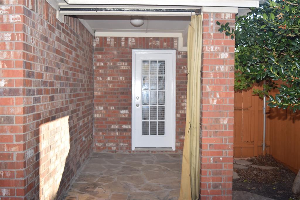 Pending   10602 Bancroft  Lane Frisco, TX 75035 35