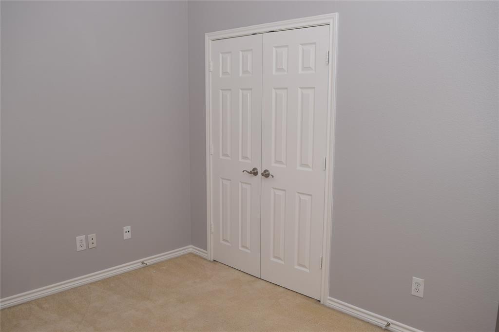 Pending   10602 Bancroft  Lane Frisco, TX 75035 9