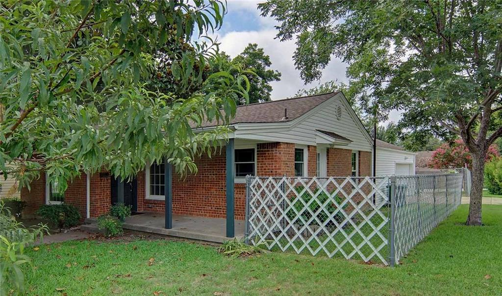 Sold Property | 4337 Curzon Avenue Fort Worth, Texas 76107 2