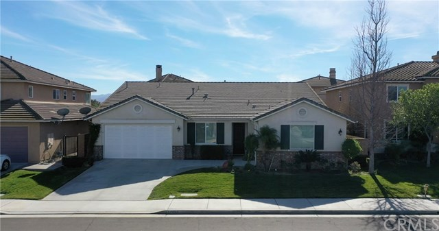 Closed | 14455 Gannet Street Eastvale, CA 92880 3