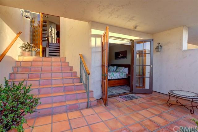 Active | 1110 Esplanade #8 Redondo Beach, CA 90277 4
