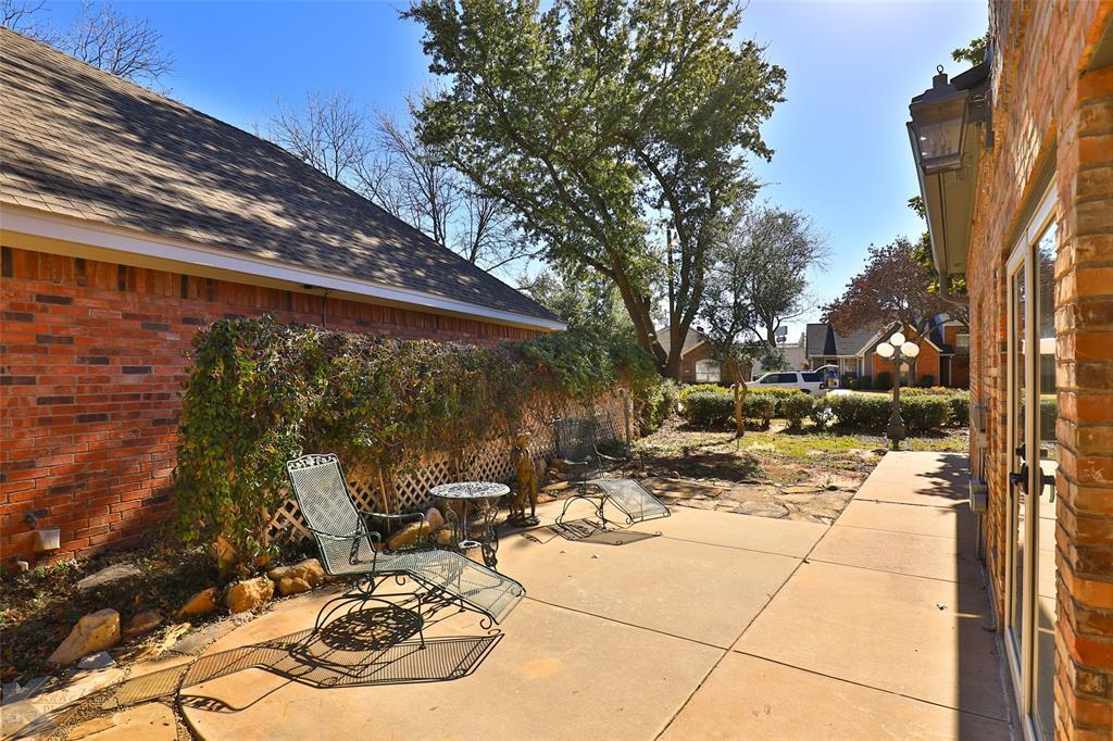 Active | 26 Lytle Place Drive Abilene, Texas 79602 25