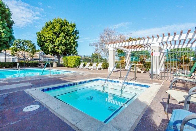 Closed | 243 Riverview Way Oceanside, CA 92057 23