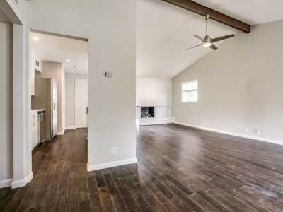 Sold Property | 926 Wisteria Way 7