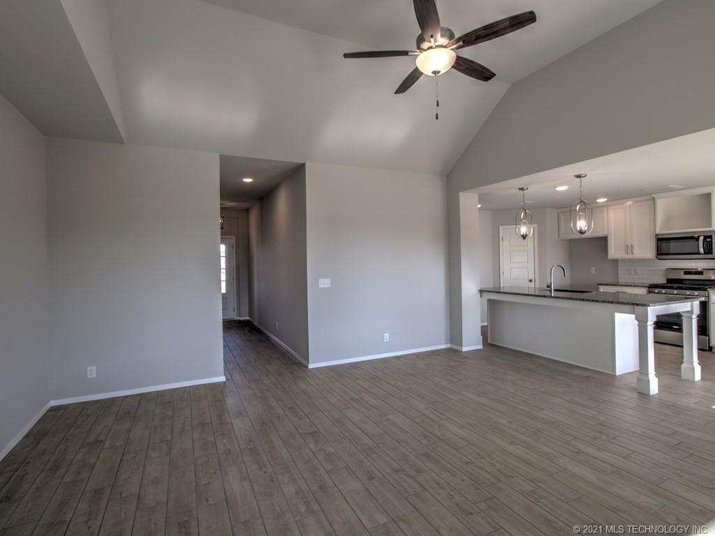 Active | 12008 N 131st East Avenue Owasso, Oklahoma 74055 17