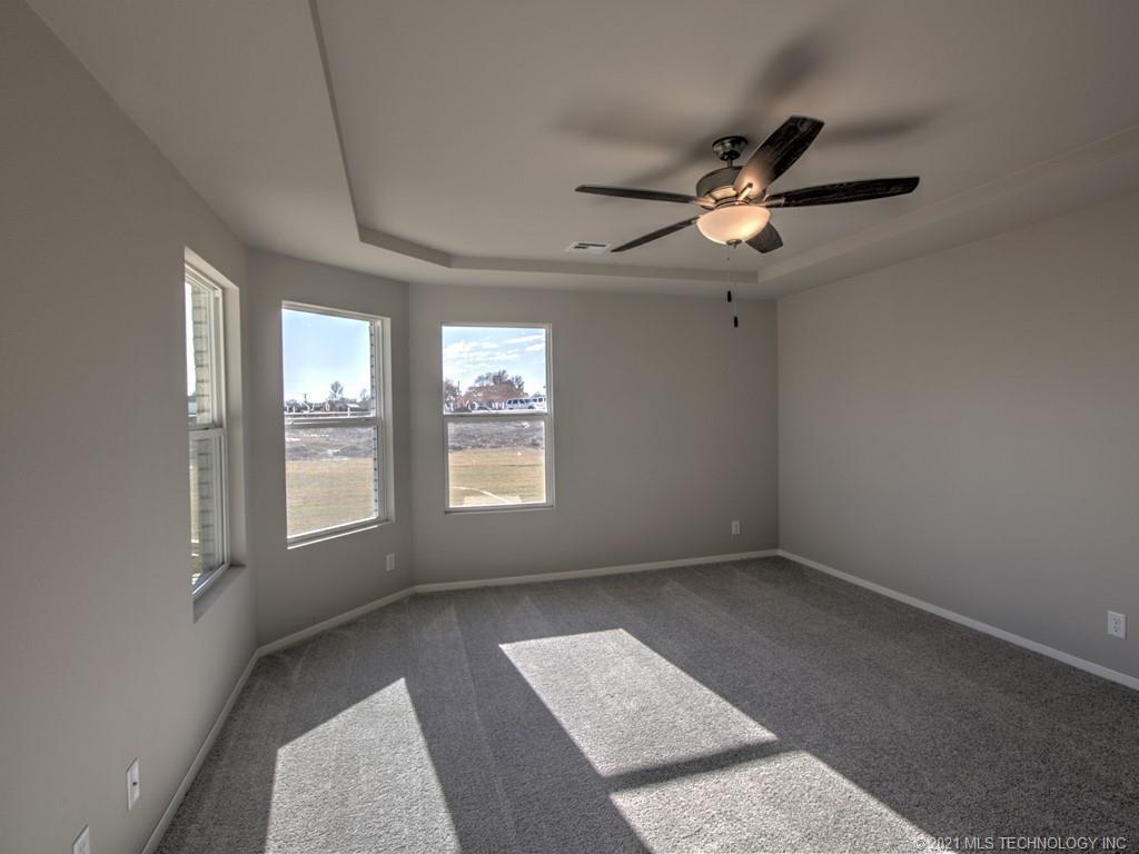 Active | 12008 N 131st East Avenue Owasso, Oklahoma 74055 19